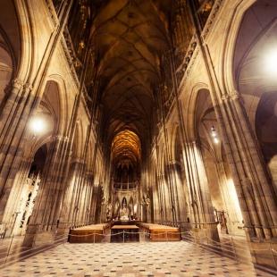 Osvětlení katedrály sv. Víta, Václava a Vojtěcha